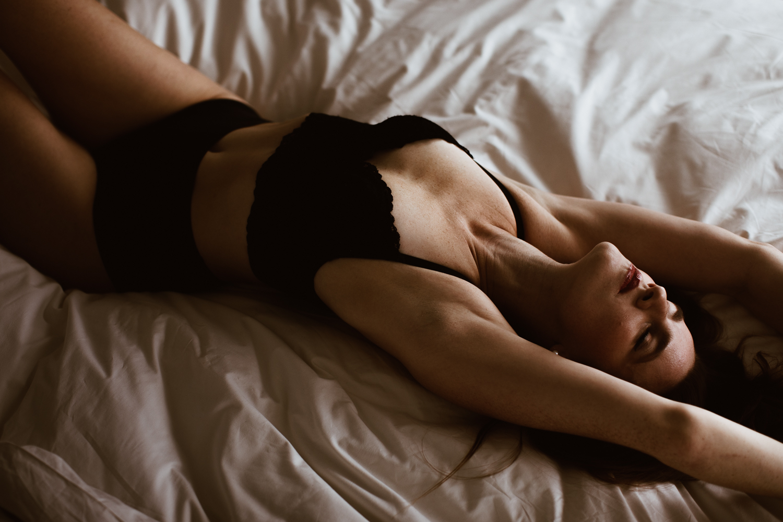washington-dc-boudoir-photographer-the-line-hotel-49.jpg
