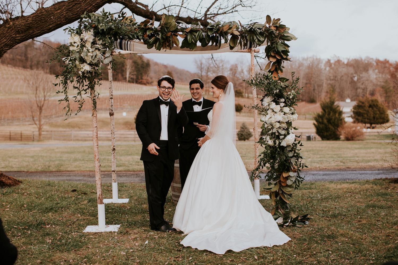 veritas-vineyard-virginia-outdoor-wedding-photography 39.jpg
