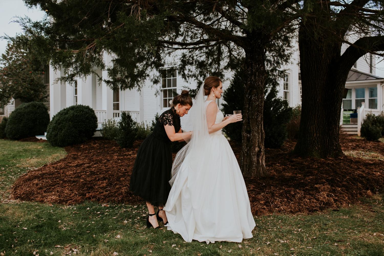 veritas-vineyard-virginia-outdoor-wedding-photography 45.jpg