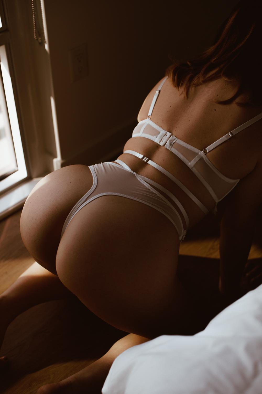 washington-dc-moody-artful-boudoir-photography-46.jpg