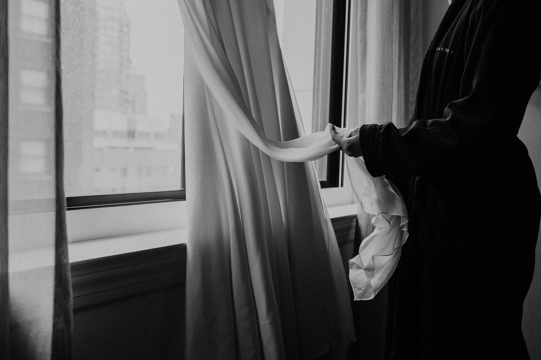 chicago-illinois-downtown-urban-elopement-wedding-photographer 9.jpg