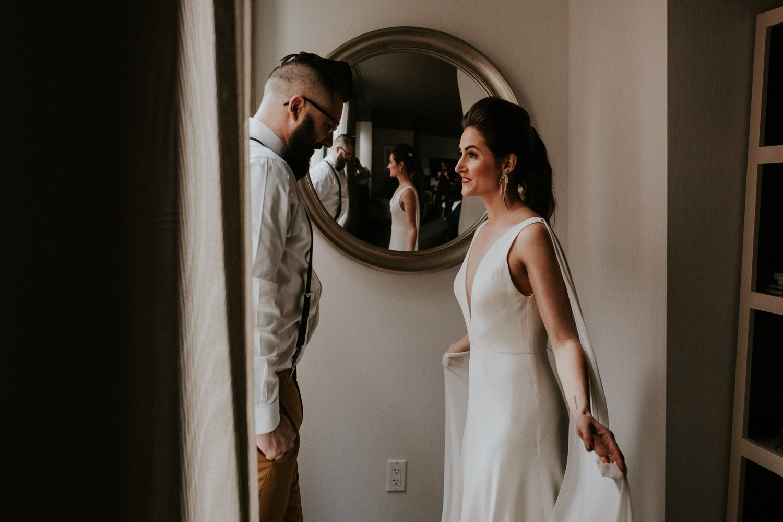 chicago-illinois-downtown-urban-elopement-wedding-photographer 11.jpg