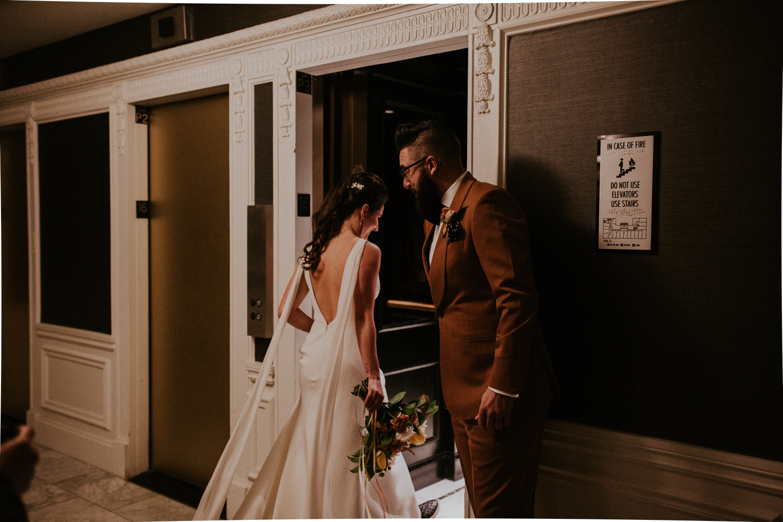 chicago-illinois-downtown-urban-elopement-wedding-photographer 25.jpg