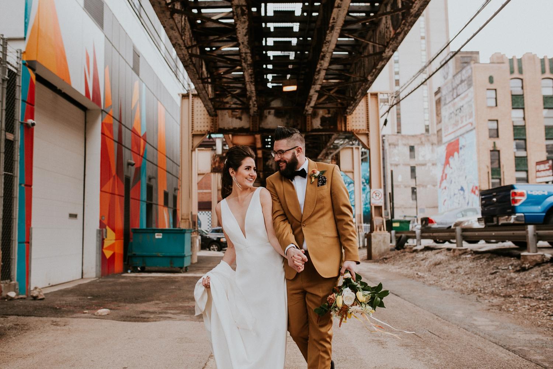 chicago-illinois-downtown-urban-elopement-wedding-photographer 36.jpg