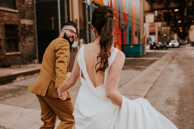 chicago-illinois-downtown-urban-elopement-wedding-photographer 37.jpg