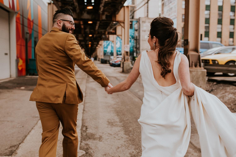 chicago-illinois-downtown-urban-elopement-wedding-photographer 38.jpg