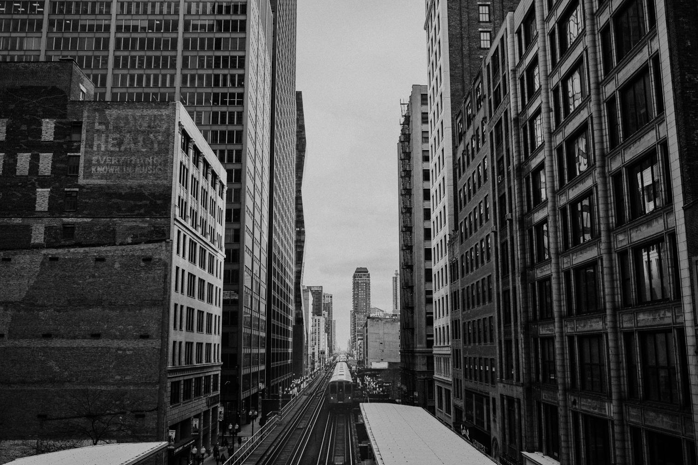 chicago-illinois-downtown-urban-elopement-wedding-photographer 47.jpg