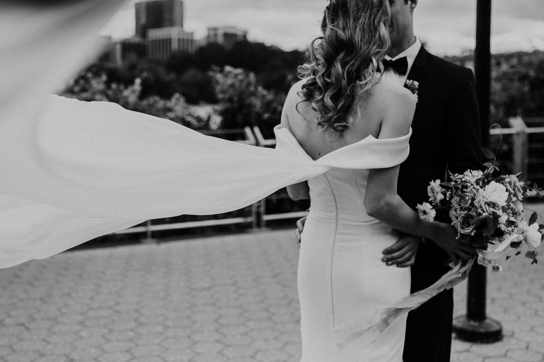 washington-dc-georgetown-modern-urban-wedding-inspiration-black-white-planning-photography 31.jpg