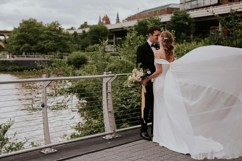 washington-dc-georgetown-modern-urban-wedding-inspiration-black-white-planning-photography 38.jpg