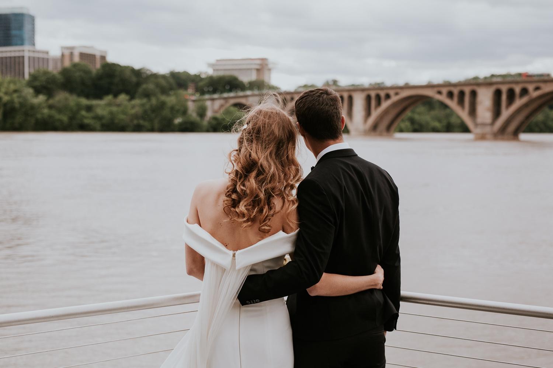 washington-dc-georgetown-modern-urban-wedding-inspiration-black-white-planning-photography 41.jpg