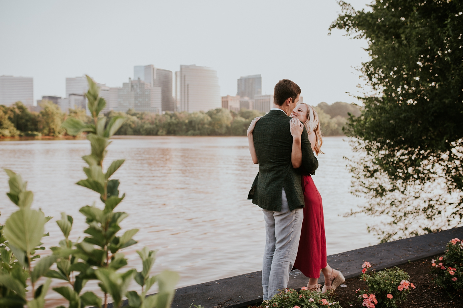 washington-dc-georgetown-water-front-engagement-photography 5.jpg