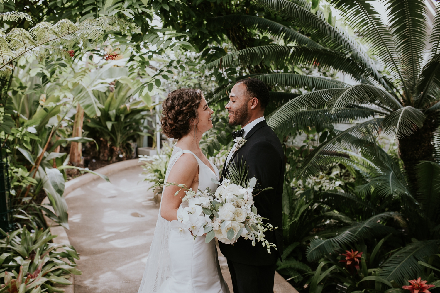 baltimore-maryland-rawlings-conservatory-wedding-portaits-photography 37.jpg