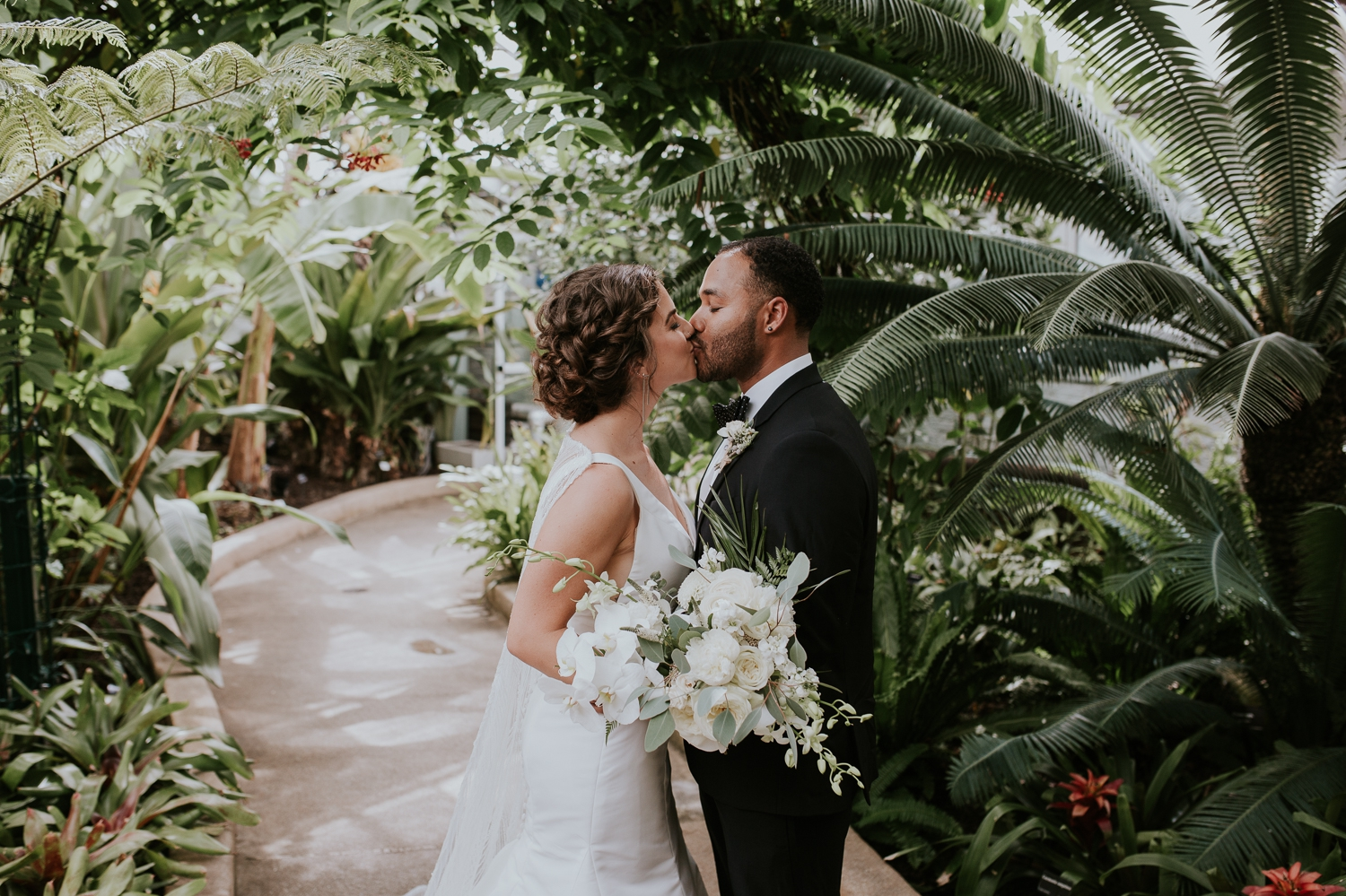 baltimore-maryland-rawlings-conservatory-wedding-portaits-photography 39.jpg