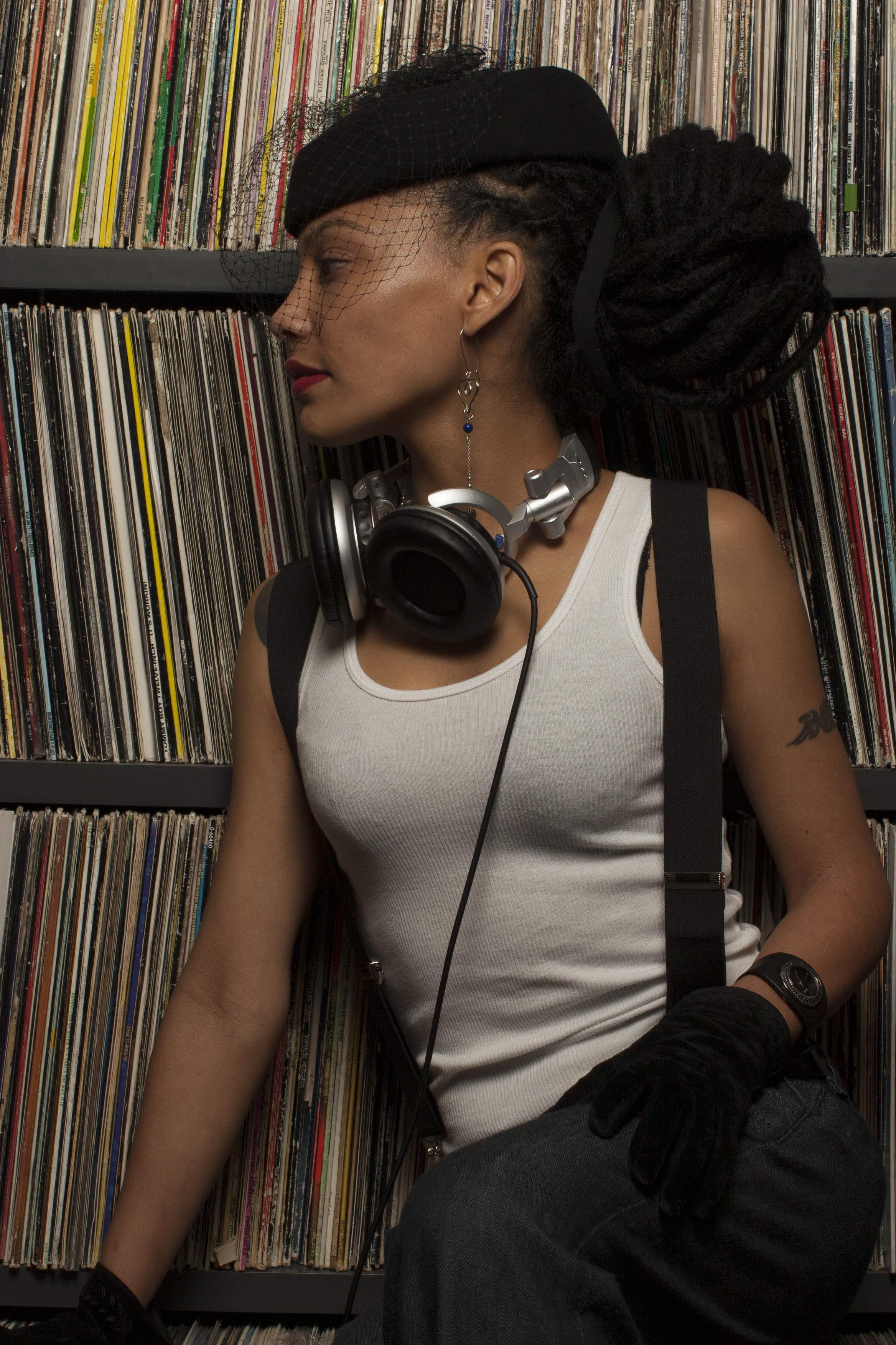DJ4 (1).jpg