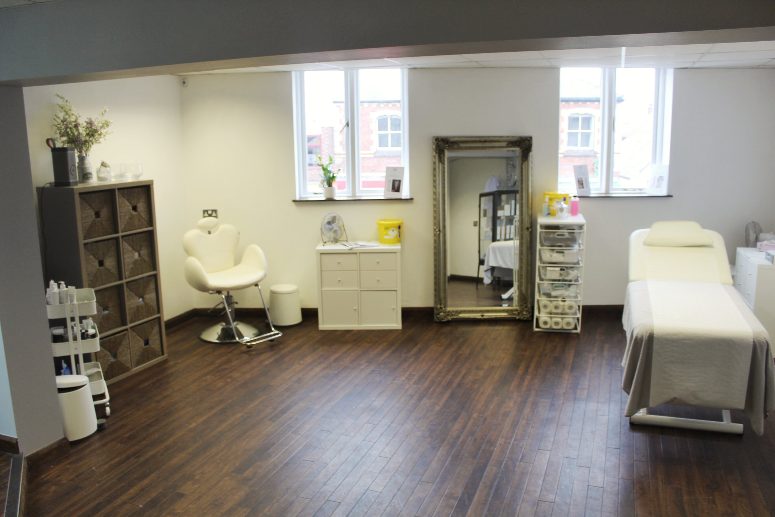 A look at team NUYU's treatment area.. where the magic happens!