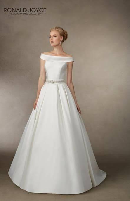 Candy Strip Couture Ltd Wedding Directory www.redeventweddingfayres.com.jpg