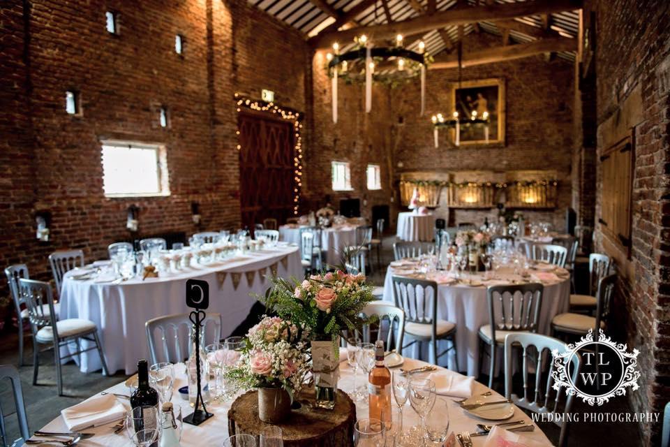 The Wedding Rooms Formby Wedding Directory www.redeventweddingfayres.com:wedding-directory-northwest:venuestyling.jpg