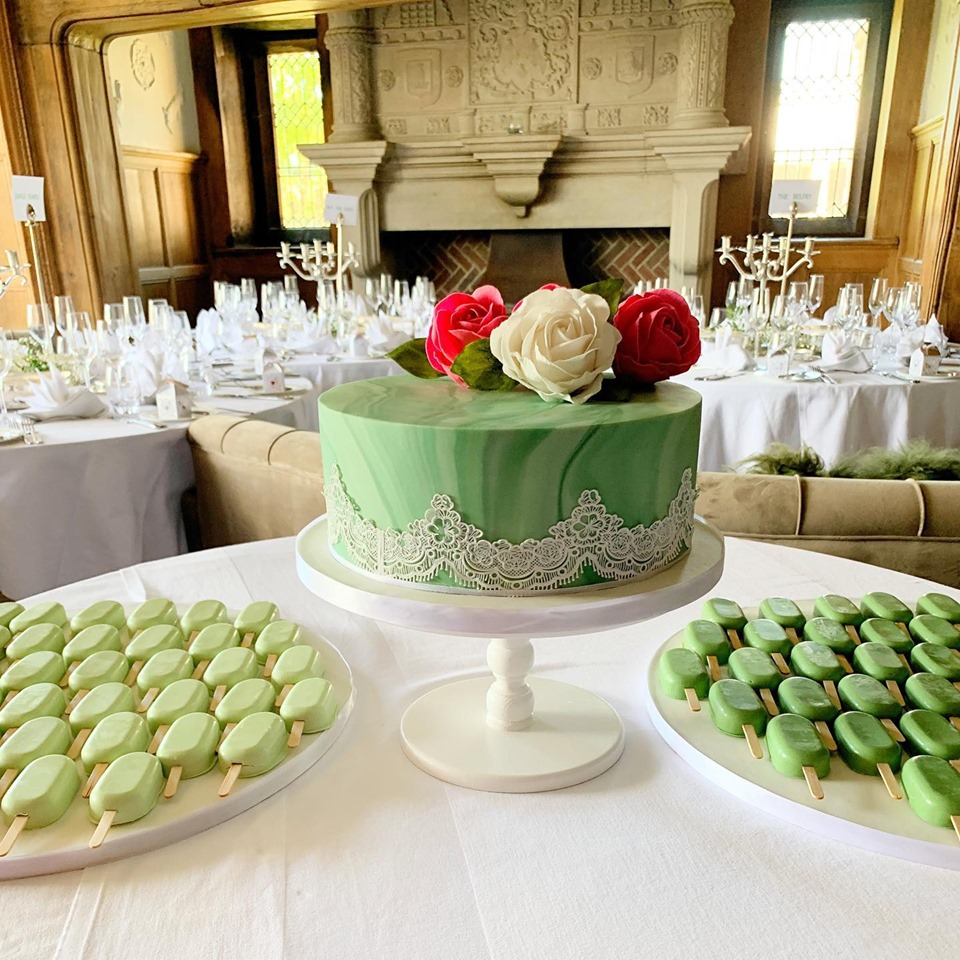 Wedding Cakes by Savanna.jpg3.jpg