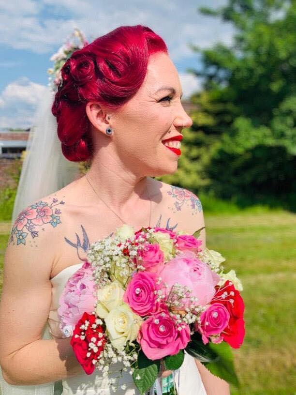 Star Salon Liverpol hairdresser www.redeventweddingfayres.com.jpg