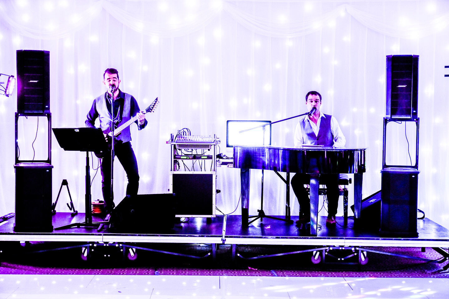 rock revolution red event wedding fayres Liverpool wedding supplier.jpg
