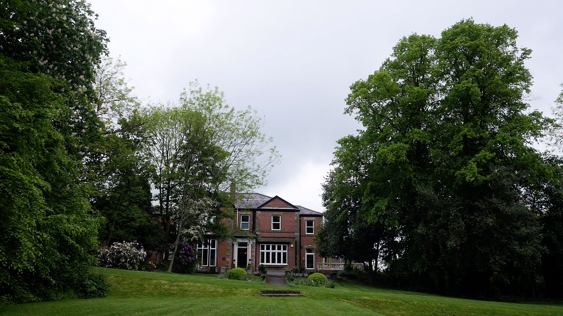 The North West Wedding Venue, Ashfield House, was the backdrop for Jennifer and Luke's wedding video.