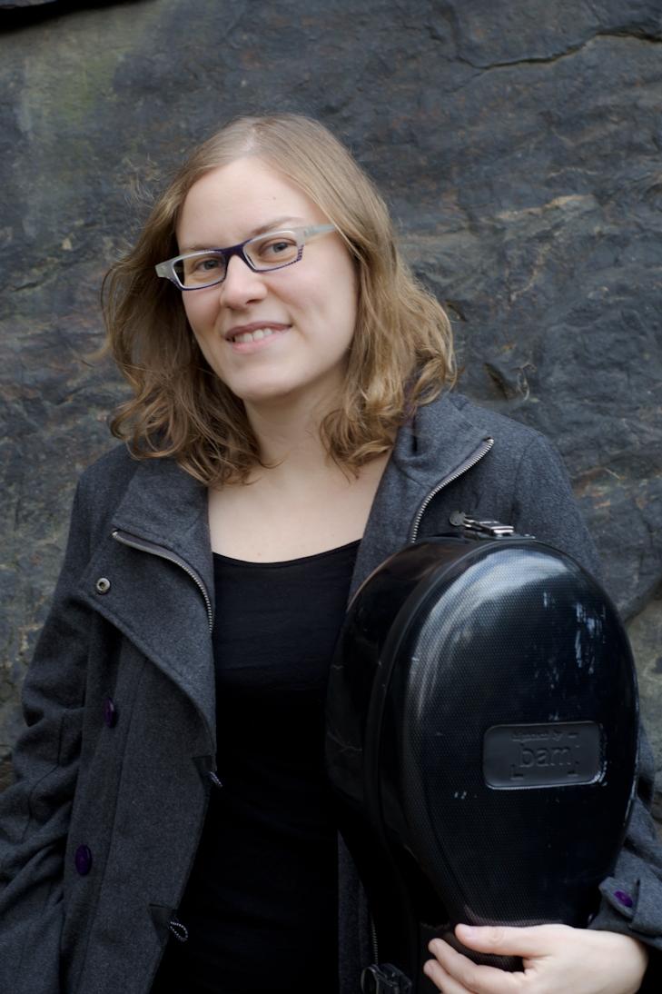 Talia Dicker - Cellist