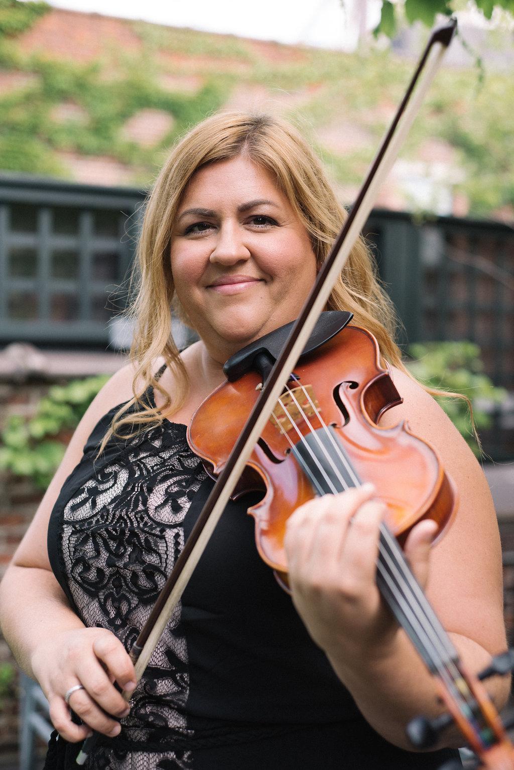 Lisa Casal-Galietta - Violin