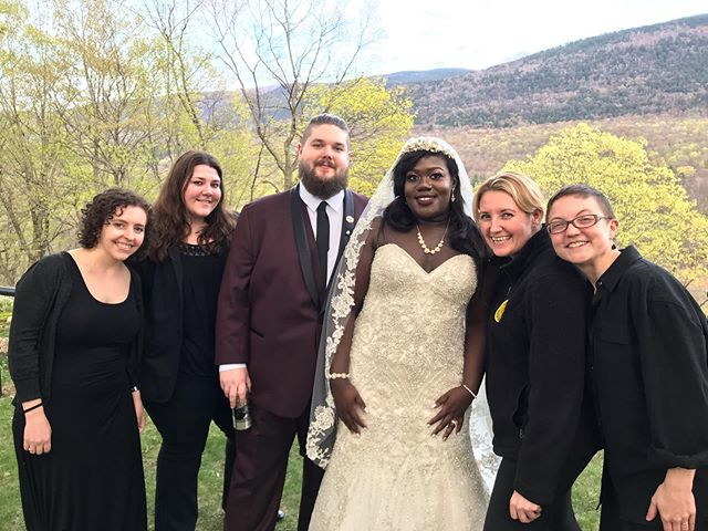 We had such an amazing time providing music for Afia & Sean's wedding on Saturday!  These two have known each other since middle school and had such a sweet and personal ceremony with all of their closest friends and family by their sides.  Vermont! We love your beautiful State and hope to be back soon.  Venue: @wilburtoninn  Music: @luminoussounds  @afiaatak