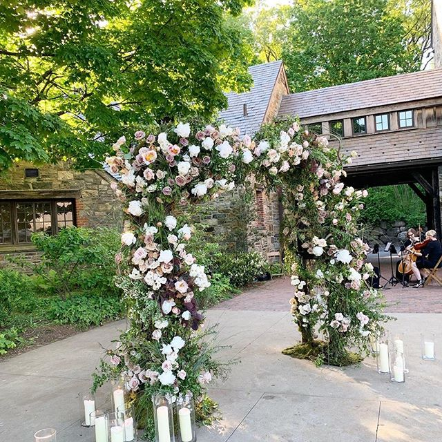 Playing at the beautiful, Blue Hill at Stone Barns is always an experience. Playing there with an incredible vendor team makes it that much more enjoyable!  Big thanks to @angweddingsny for snapping this photo of us performing alongside this beautiful flower arch by, @putnamflowers  Can't wait to head back in a week or so...swoon.  Venue: @bluehillfarm  Planning: @angweddingsny  Florals: @putnamflowers  Photography: @judypakstudio  Videography: @mckenziemfilms Invitations: @fourteen_forty  Calligraphy: @inkandnibs  String Quartet: @luminoussounds  Band: @chevychevisentertainment  HMU: @facetimebeauty  Gown: @oscardelarenta  Rentals: @rentpatina @partyrentalltd  Lighting: @pegasusproductions