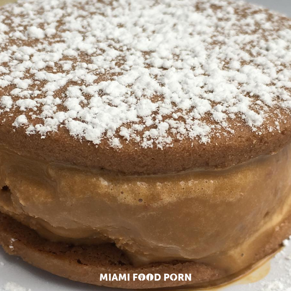 6.	Alfajor at Freddo