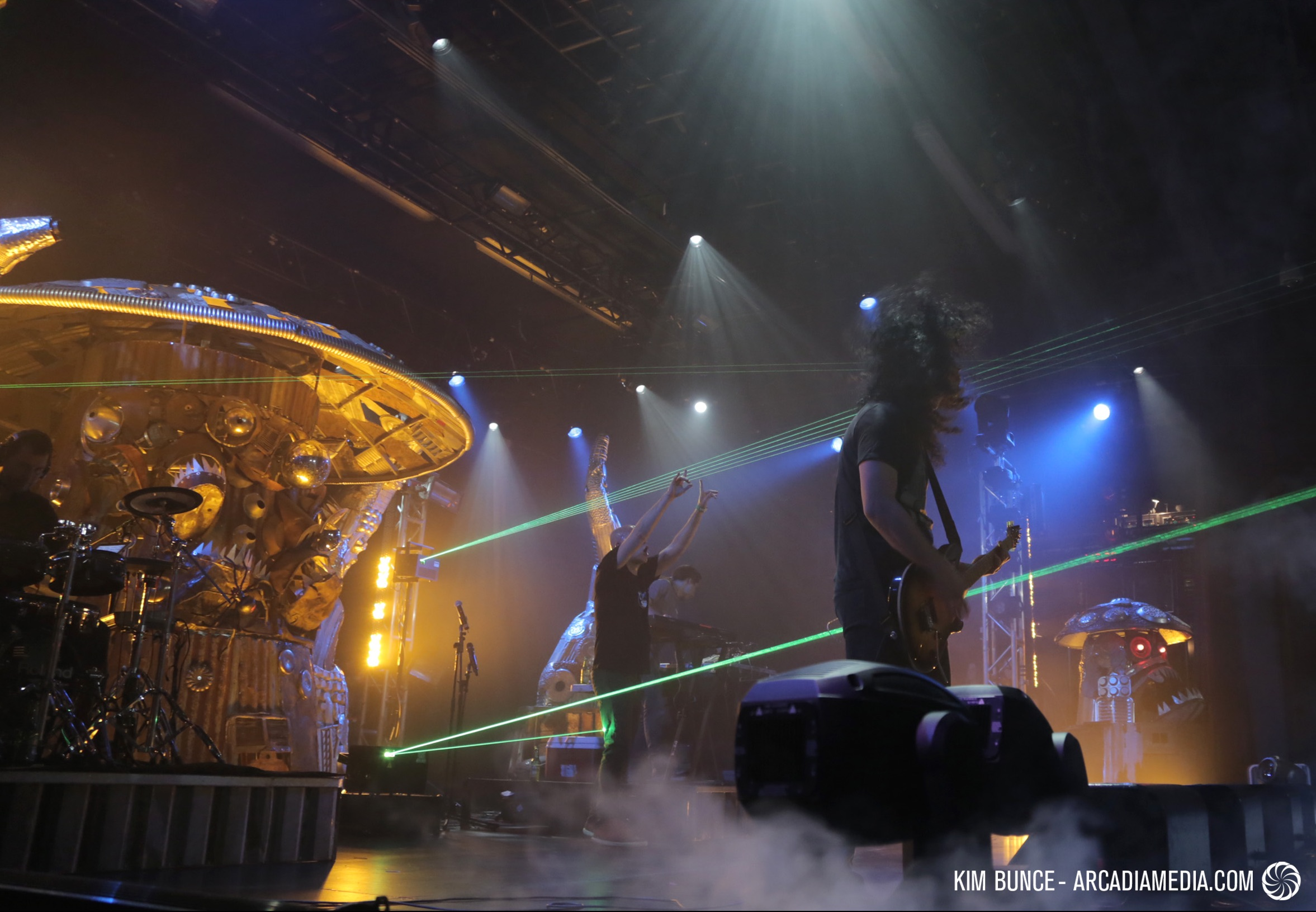 2015-02-27-infectedmushroom.jpg