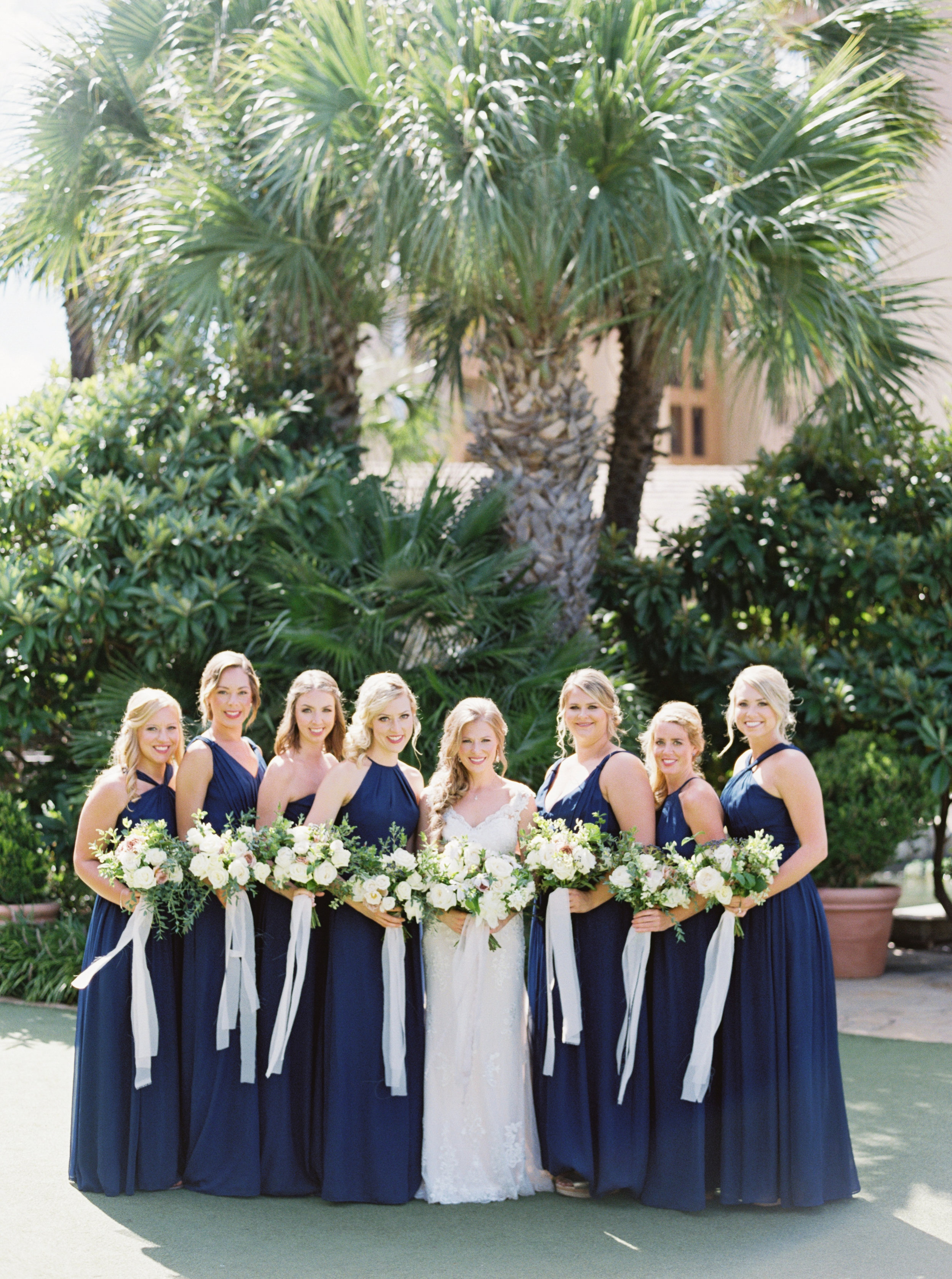 Austin Bride and Bridesmaids with Bouquets