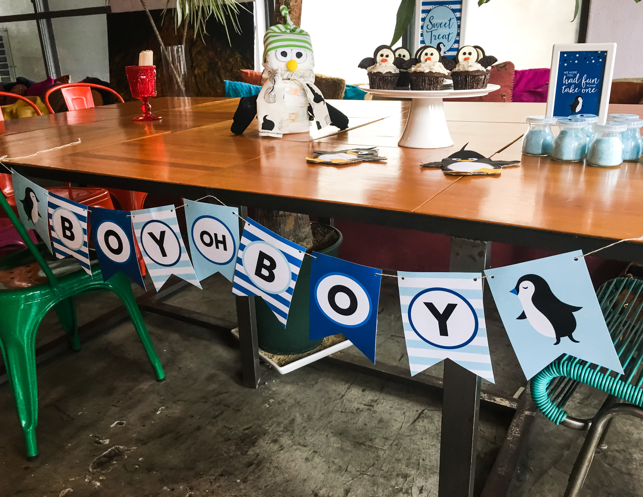 Penguin baby shower banner.