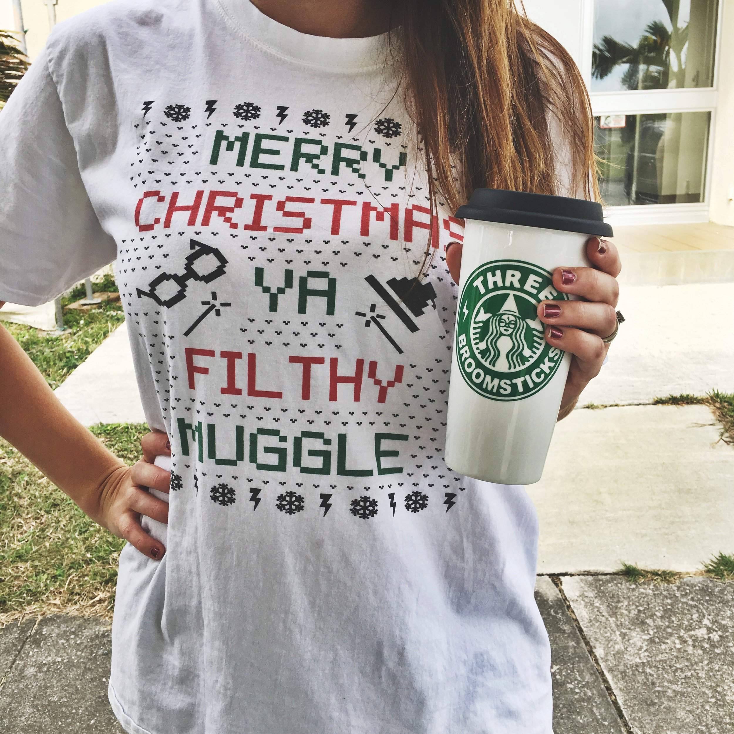 Merry Christmas ya filthy muggle shirt for a Potter party. // photo from mkkmdesigns.com