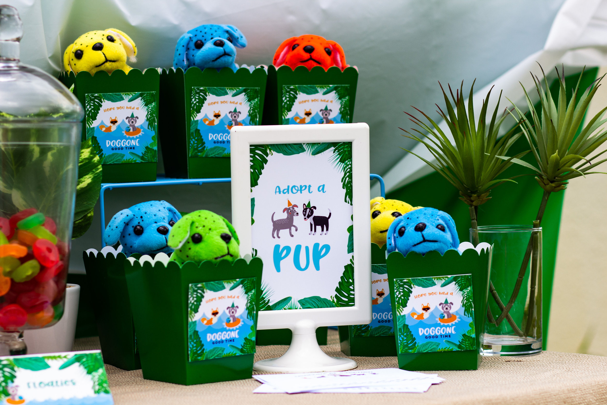 Adopt a Pup station // Grab the free printables from shopmkkm.com