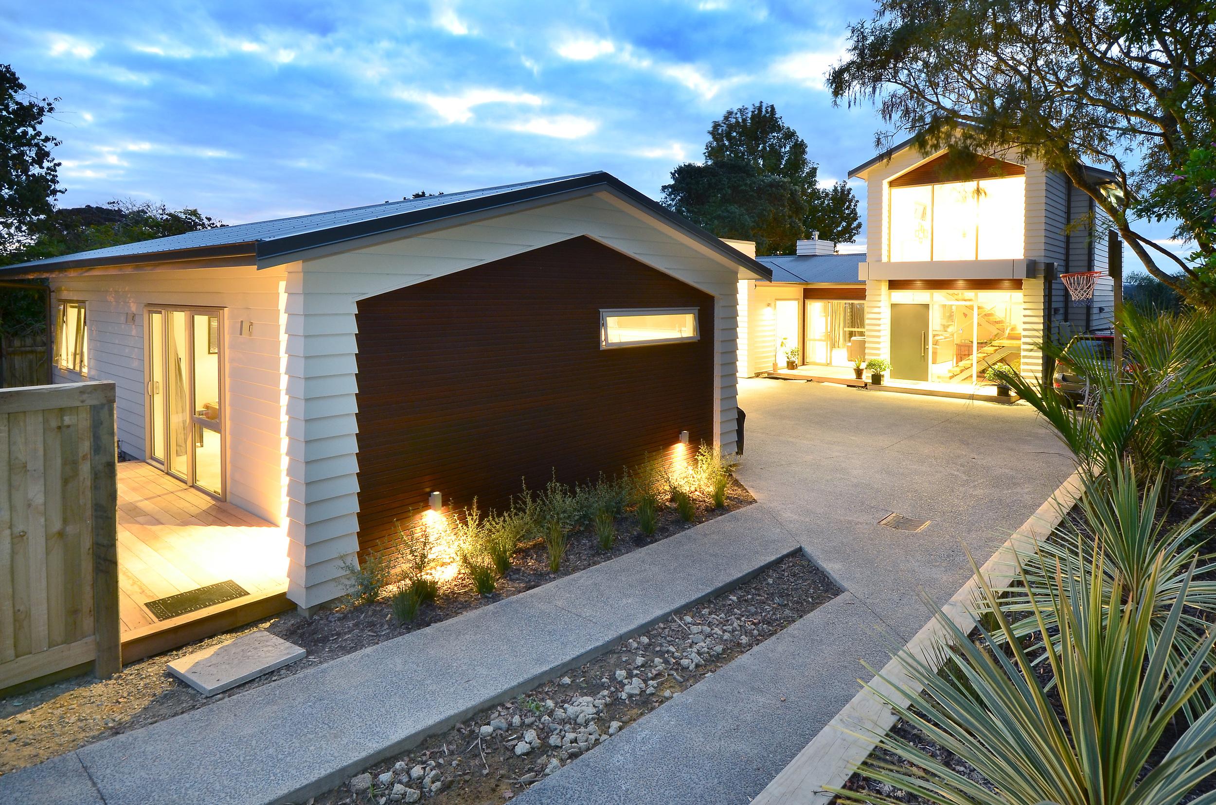 Marae-Road-House-3.JPG