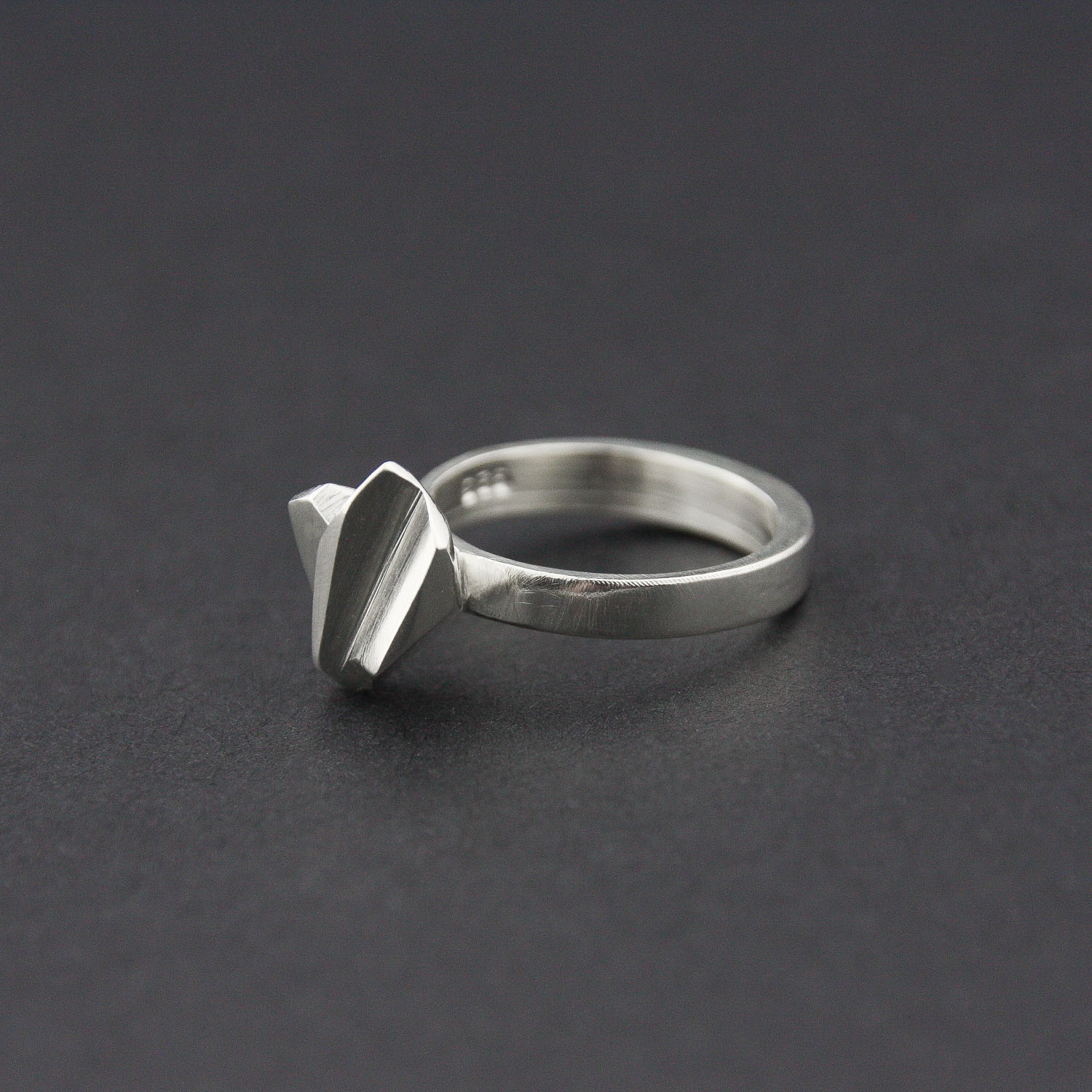 Leonie Simpson Jewellery Fracture Facet Solitaire ring sterling silver