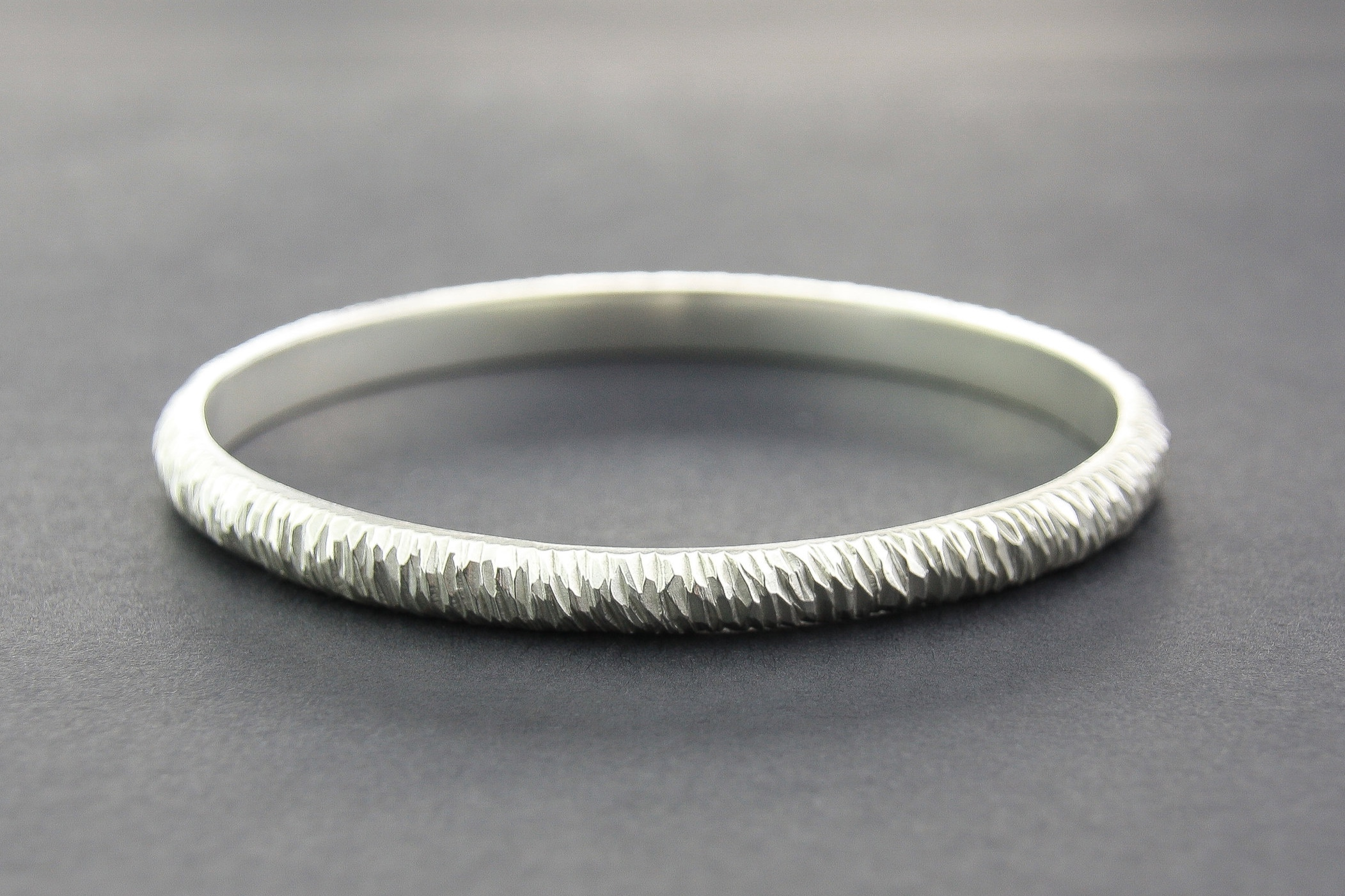 Leonie Simpson Jewellery Mini Facet Bangle 4.6mm sterling silver