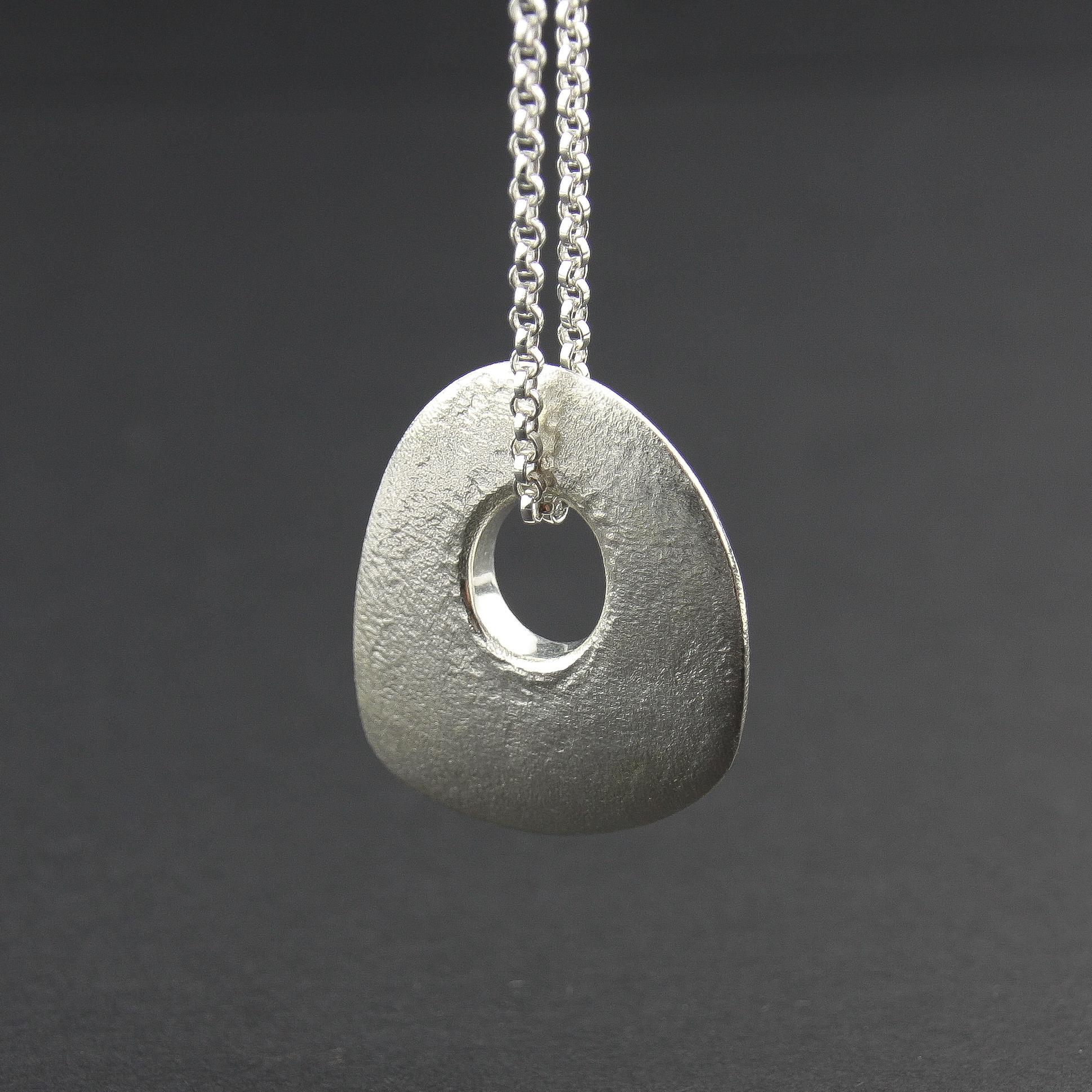 Leonie Simpson Jewellery pebble large skipping pebble pendant sterling silver