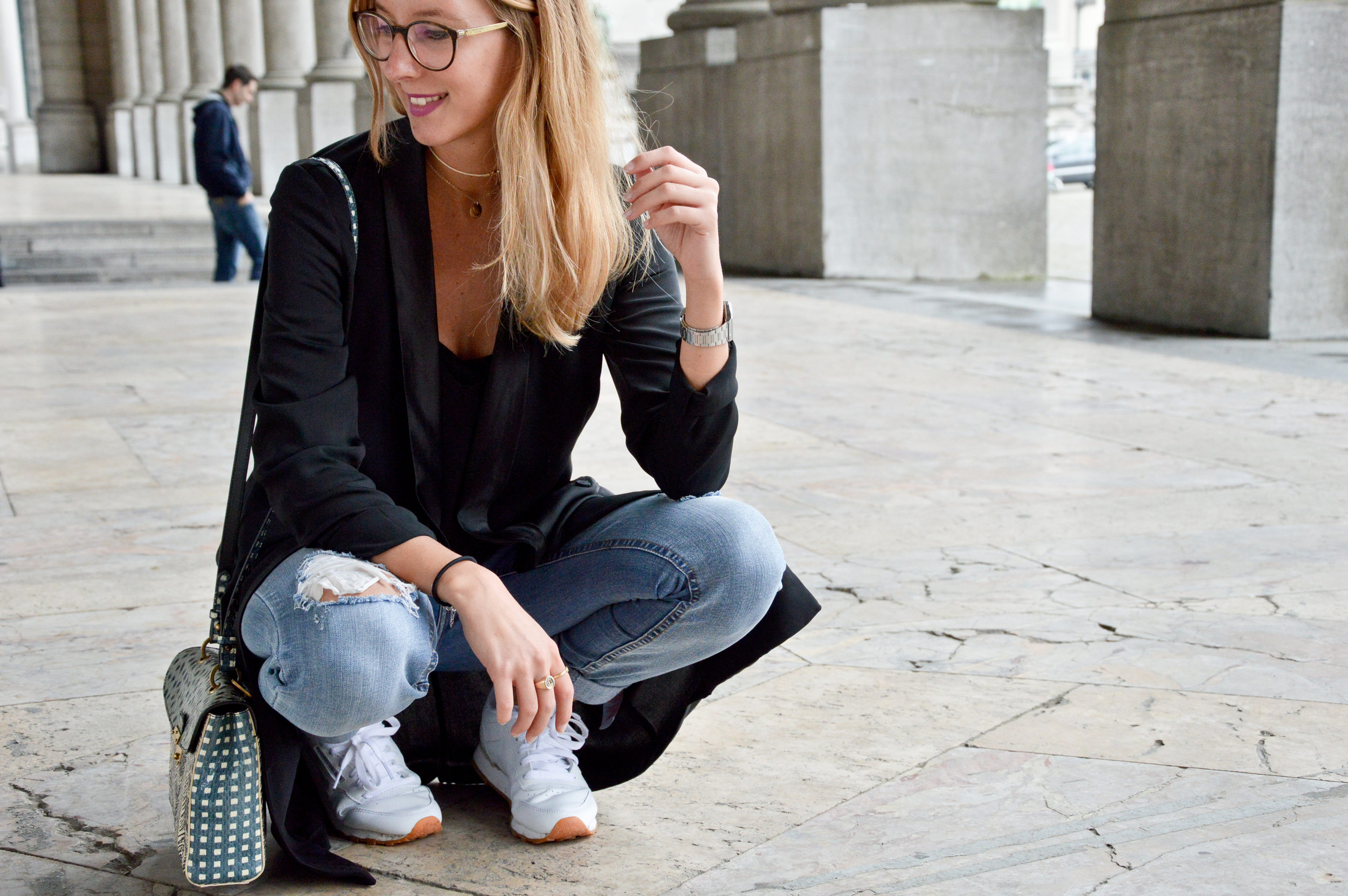 Black & Ripped Jeans (8 of 12).jpg