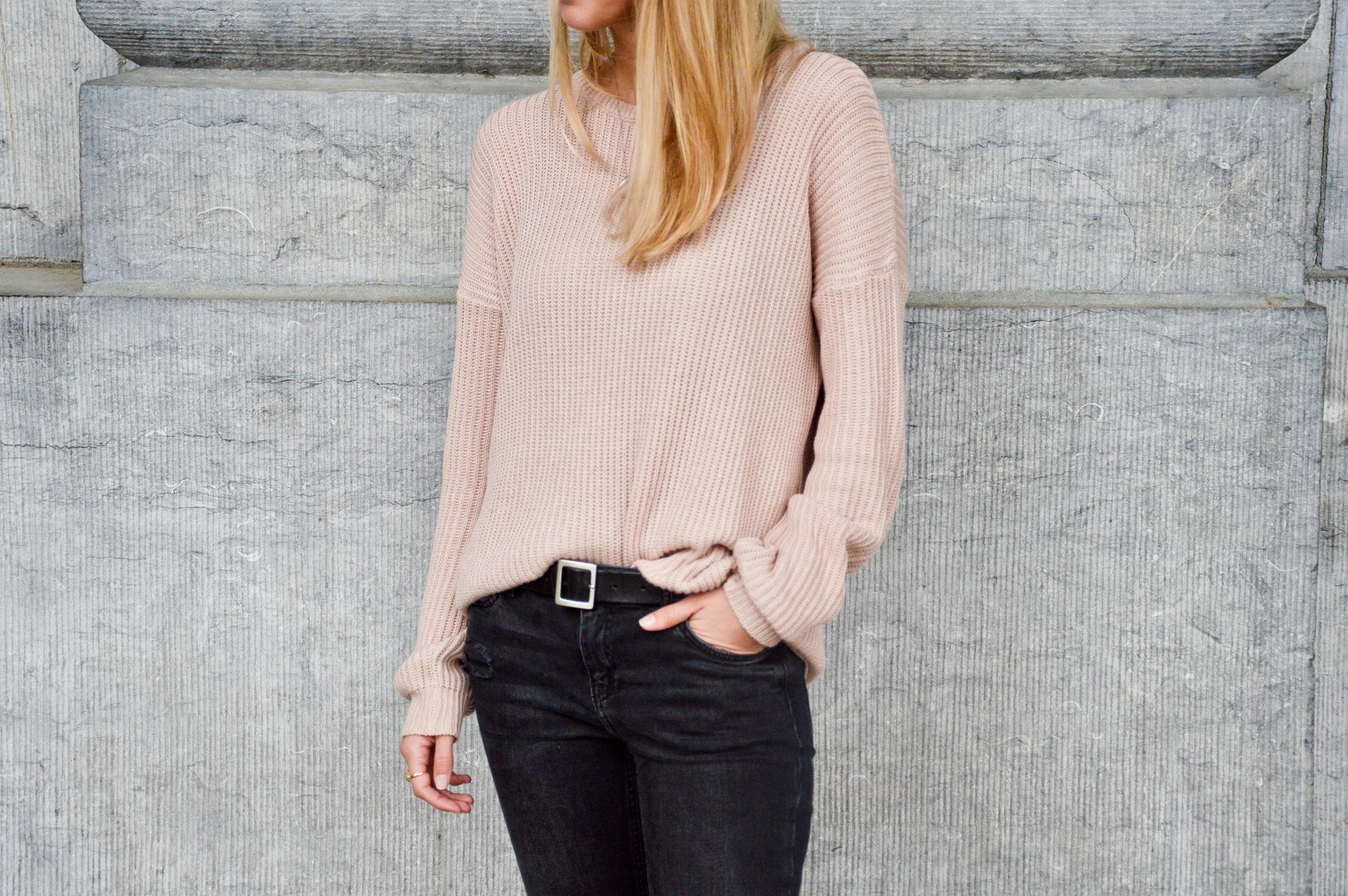 Pink XL Sweater  (4 of 12).jpg