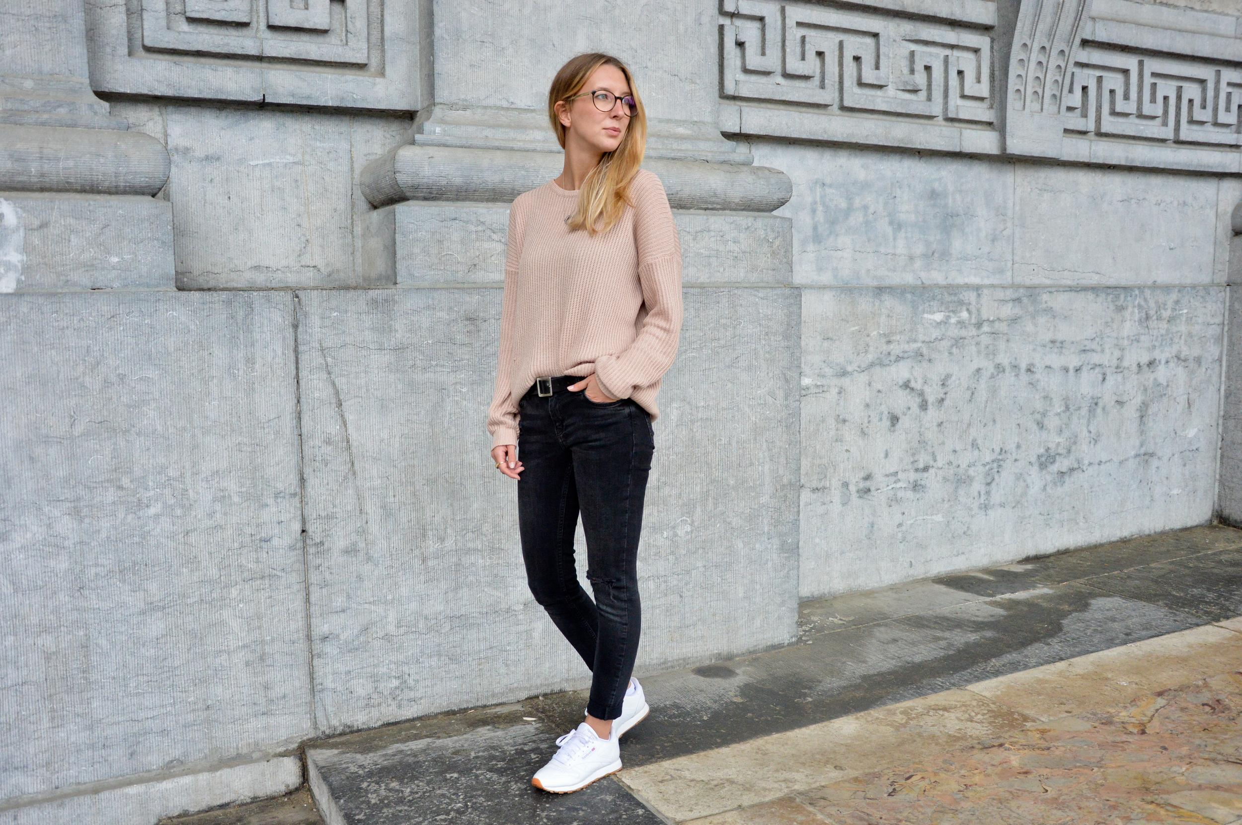 Pink XL Sweater  (9 of 12).jpg