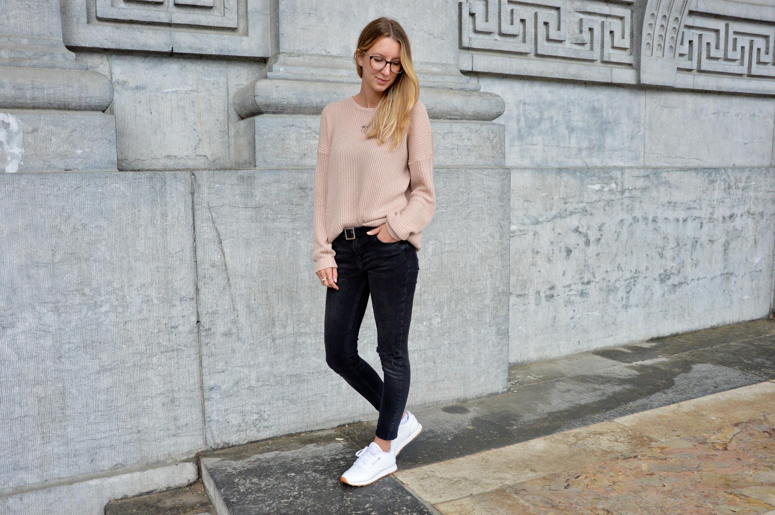 Pink XL Sweater  (10 of 12).jpg