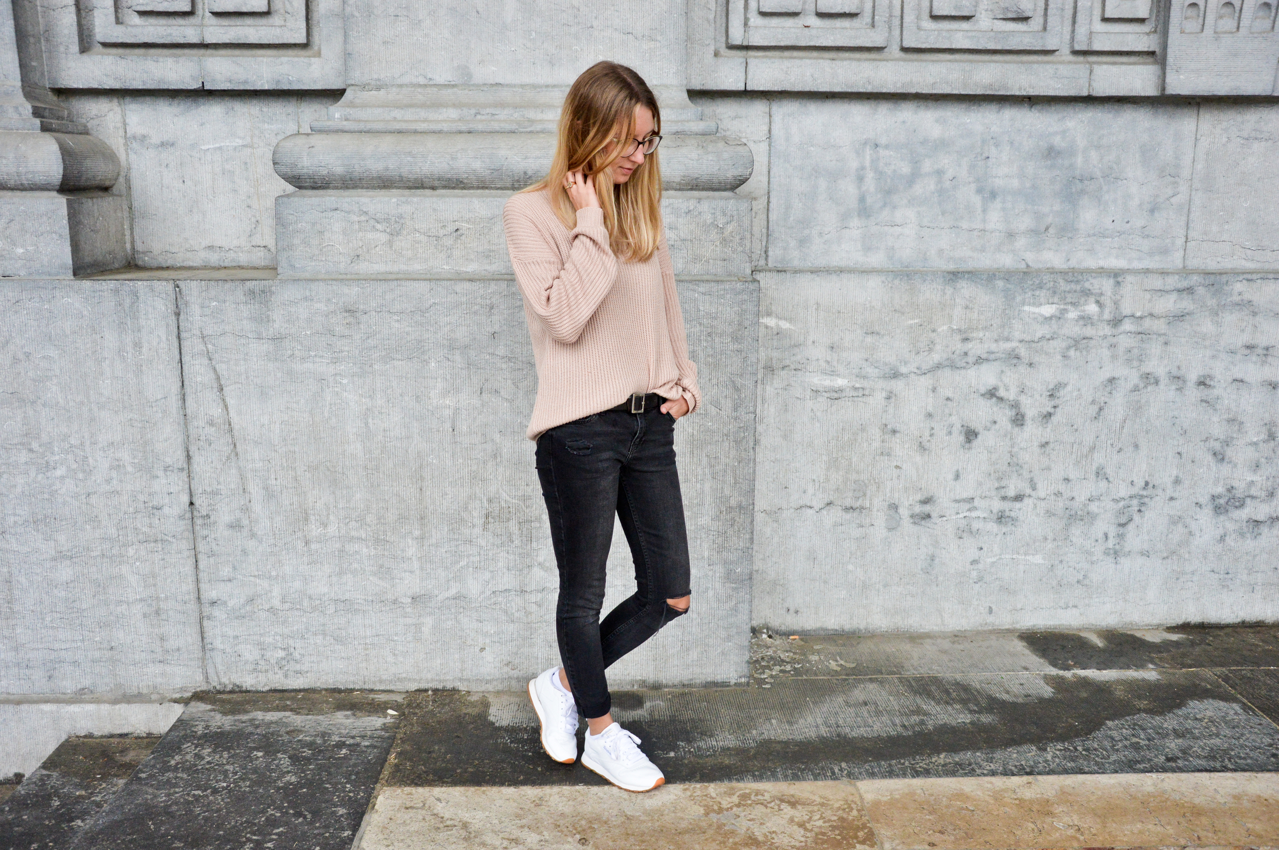Pink XL Sweater  (6 of 12).jpg