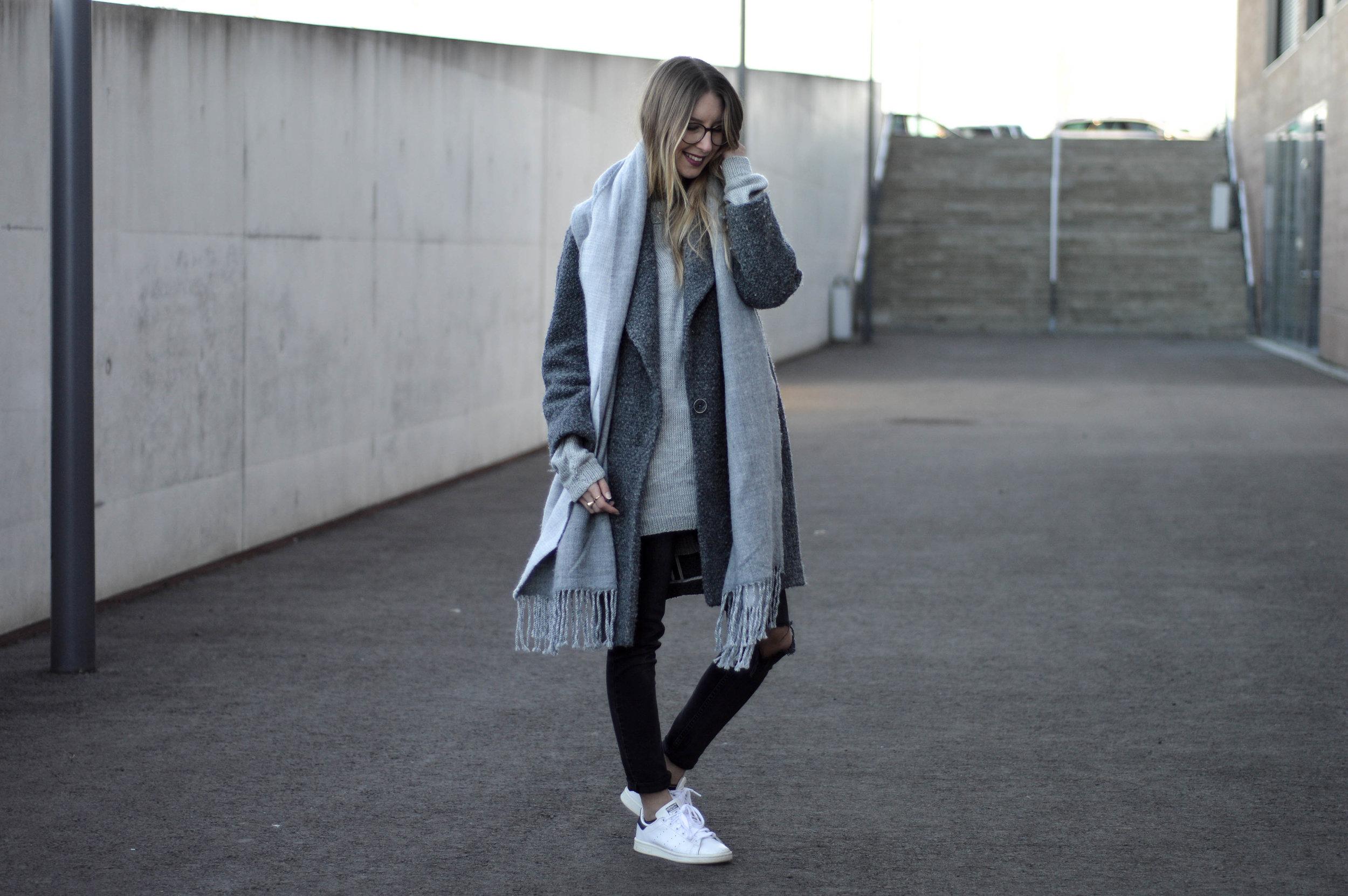 Grey Coat - OSIARAH.COM (15 of 18).jpg