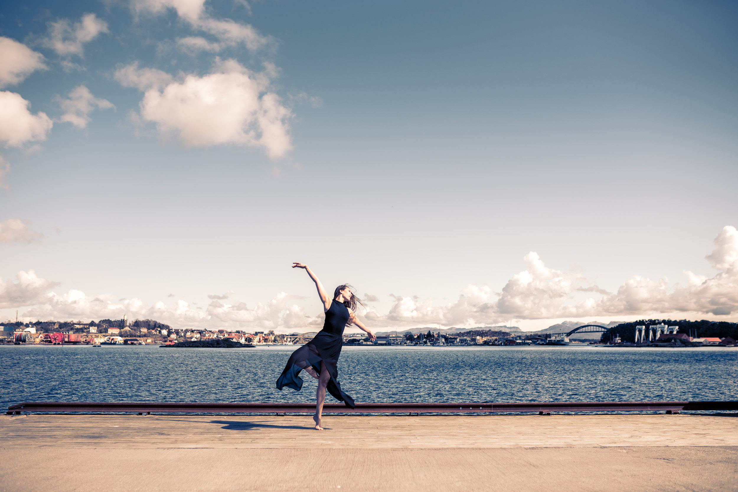 Dance with the wind Stavanger Portrait photography portrett fotograf