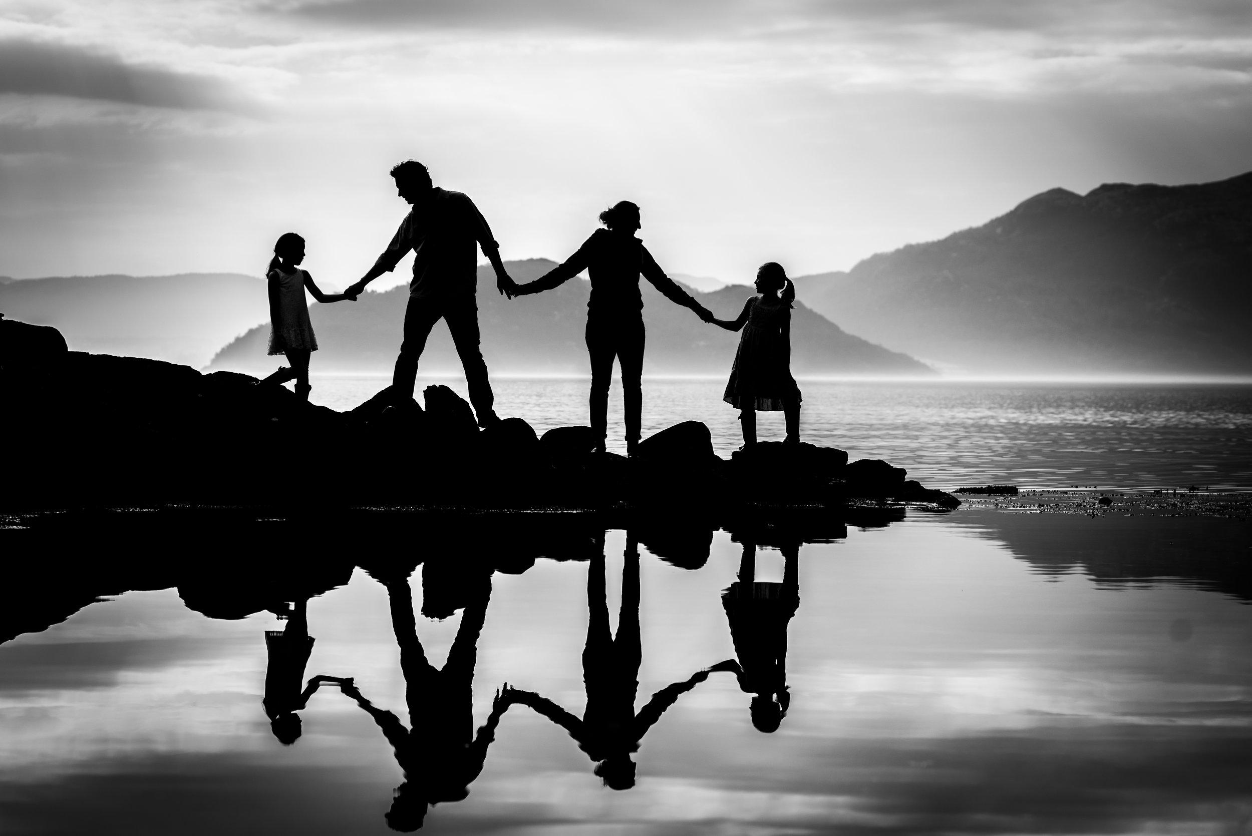 Familie fotografering Stavanger Family silhoutte Guillem Cheung