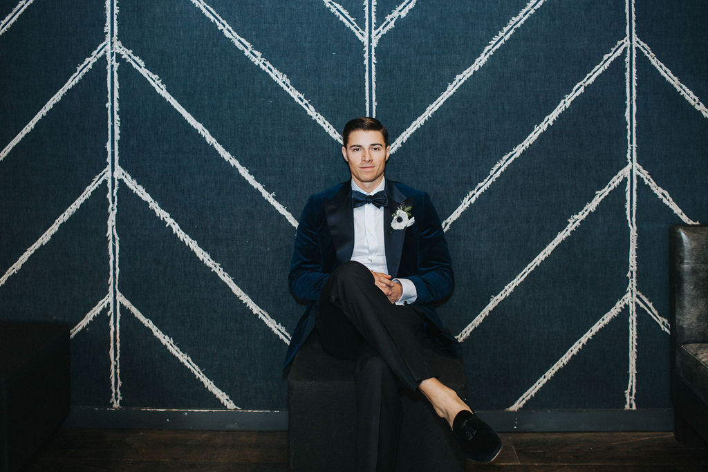 Blue velvet dinner jacket by Wedding GPS