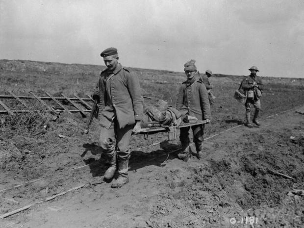 Bringing in the wounded at Vimy Ridge in April 1917.