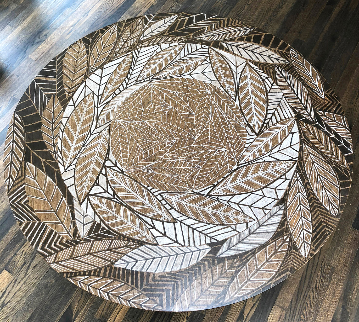 Leaf Line Gyre Table